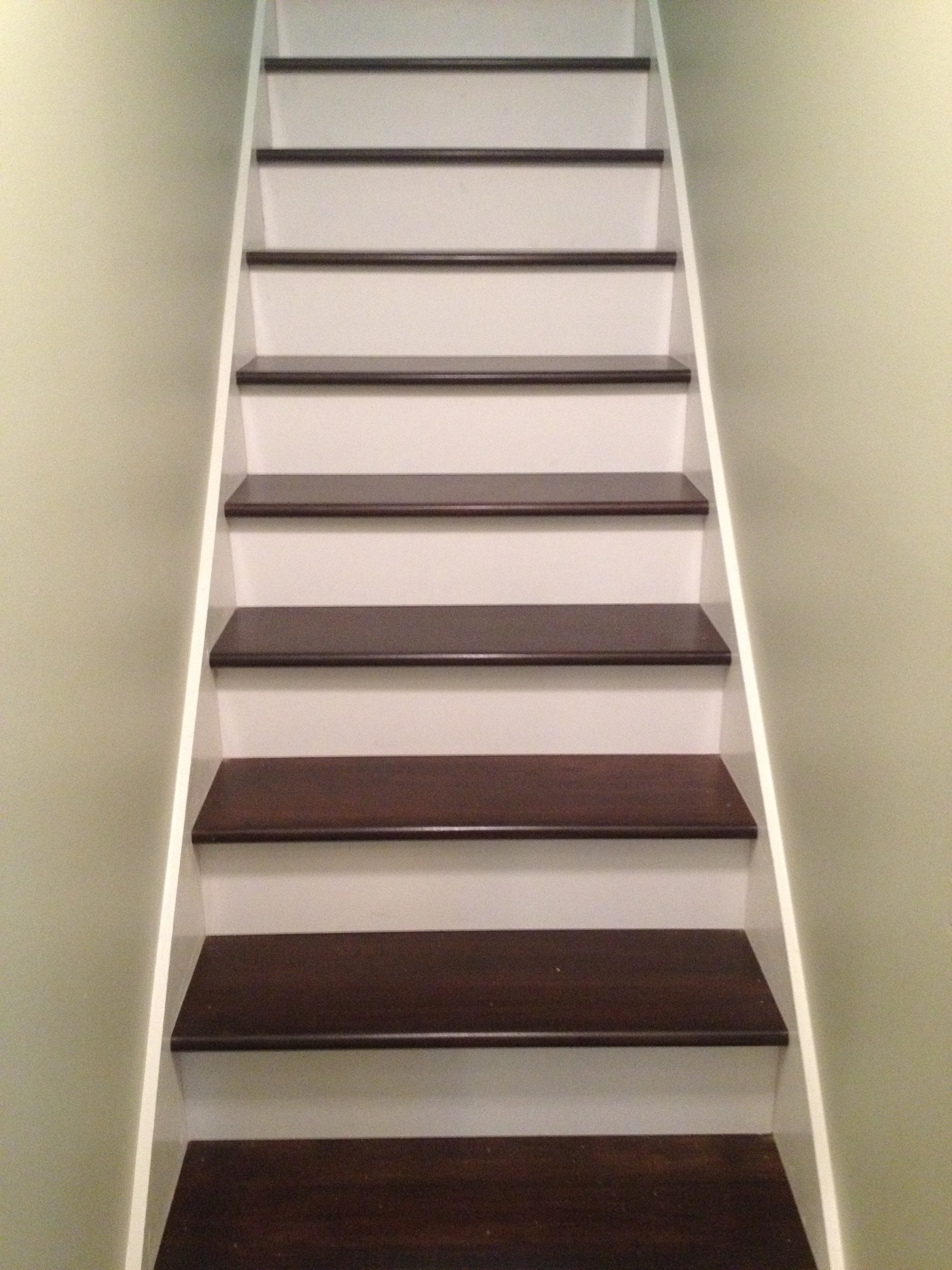 Wooden Stairs Battle Creek Tile Amp Mosaic Co Inc
